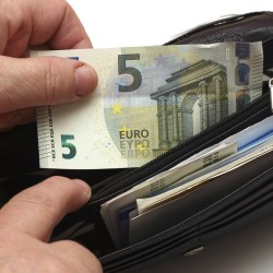 Disposable household income on the rise in Cork households